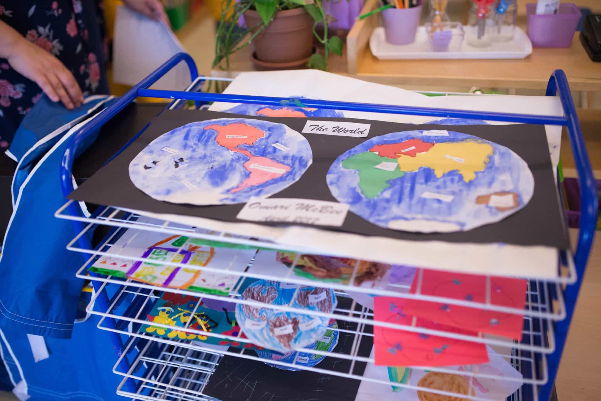 Children's House Art Drying Rack with Pin-Pushed Map of Continents, Globe